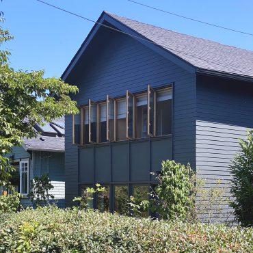 Blue House, 2021